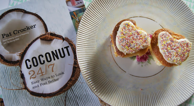 Coconut 24/7 Cookbook Review