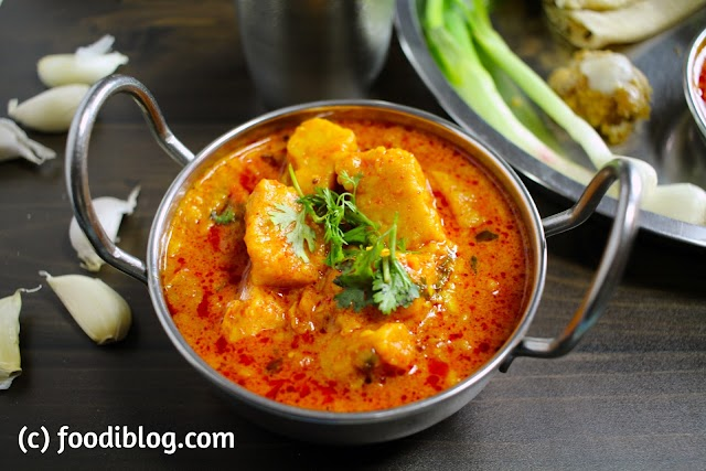 Kathiyawadi Dhokli nu Shaak recipe (कठियावाडी ढोक्ली की सबजी)