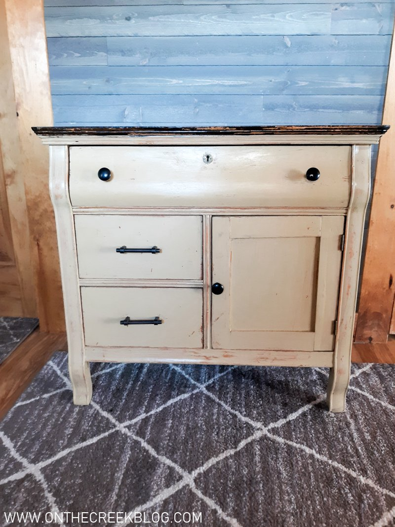 A guide on distressing techniques to use on furniture & other projects   On The Creek Blog // www.onthecreekblog.com