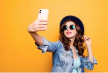 Keren Penampakan Patung Selfie Yang Menggegerkan Rakyat Turki