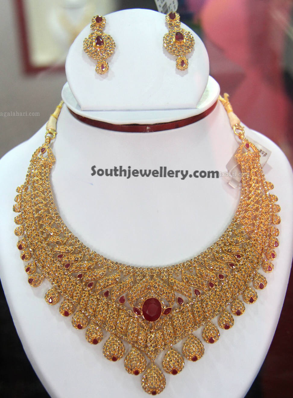 Bridal Uncut Diamond Necklace - Jewellery Designs