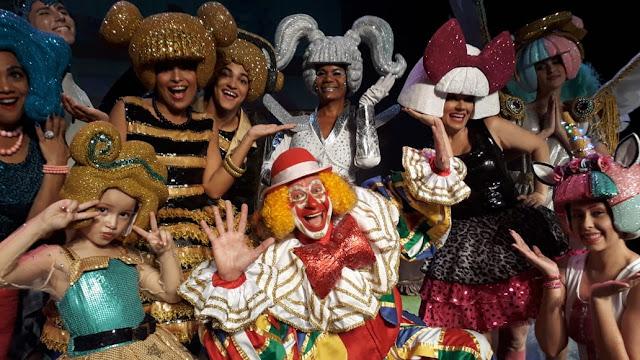 Palhaço Chocolate com As bonecas mais queridas do Brasil chegam ao Teatro Boa Vista