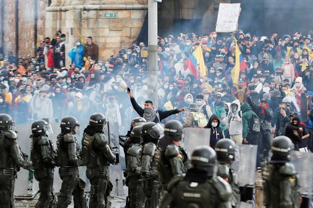 Acusan a Maduro de financiar las protestas en países de Sudamérica