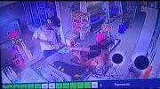 Assaltante aponta arma para mulher e rouba comércio em Pedreiras.