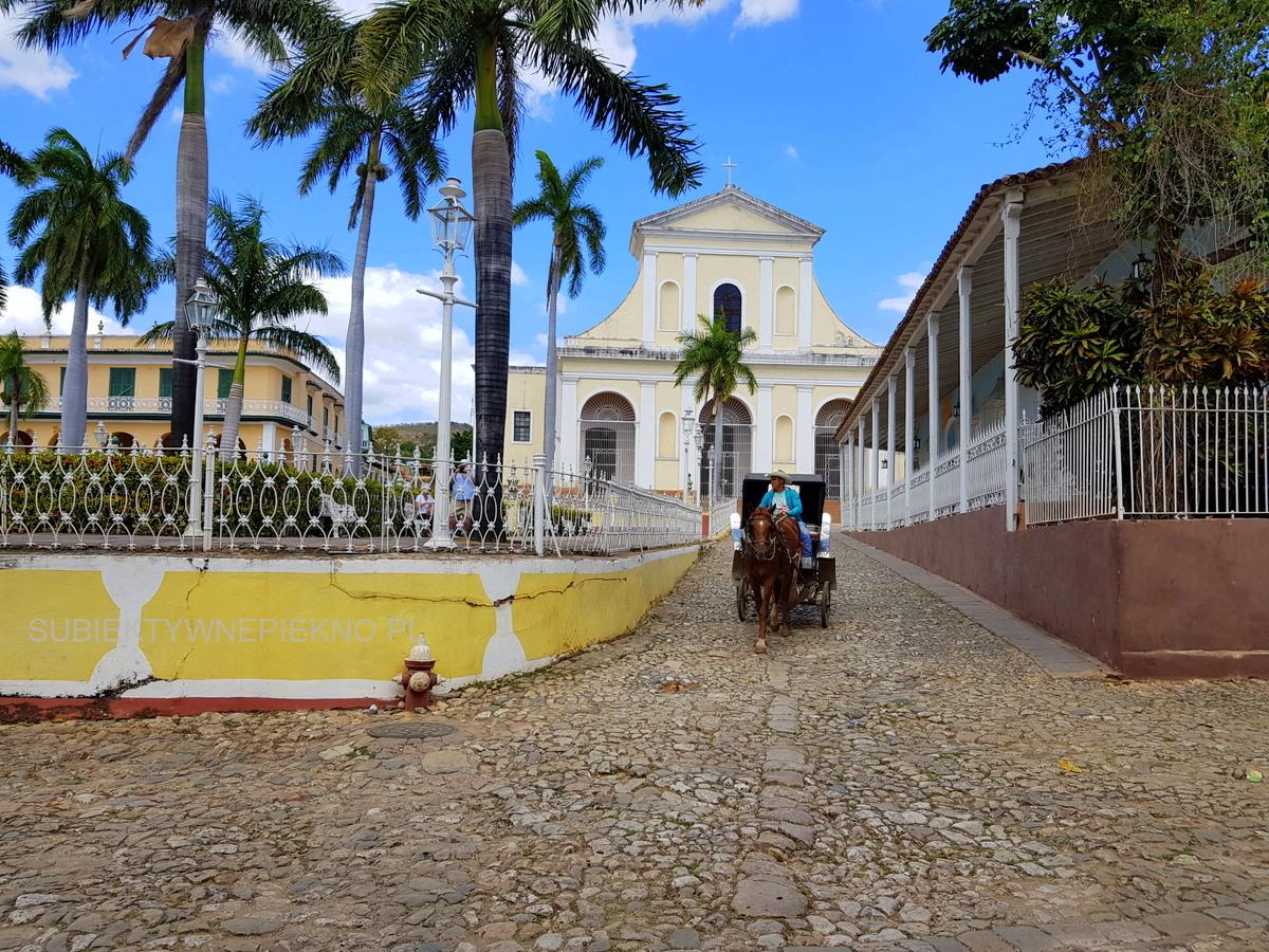 Kuba Trinidad - powóz konny w centrum