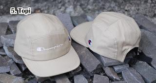 Topi merupakan salah satu hadiah 17an yang murah dan menarik