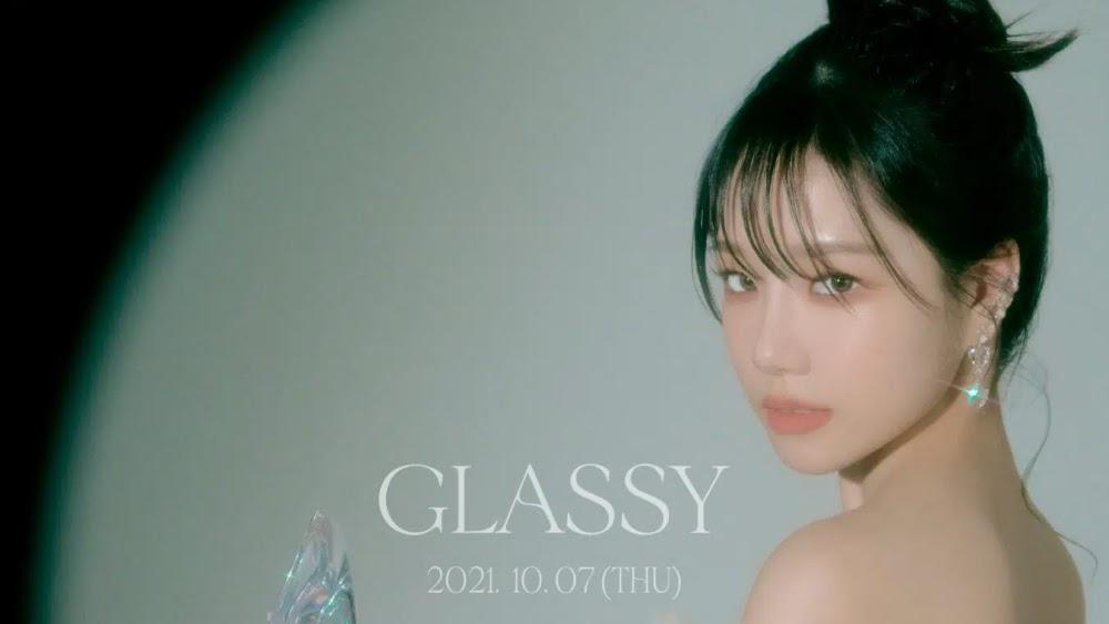 Jo Yuri ex IZ*ONE Ready to Debut Solo With 'GLASSY'