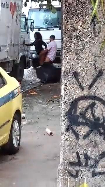 فيلم سكس افريقي نيك قحبة زنجية فى الشارع خلف عربية نقل تقيل