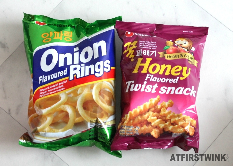 Nongshim onion flavoured rings and honey flavored twist snacks honey apple xenos