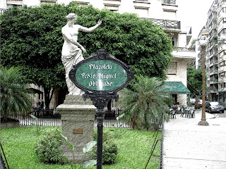 Plazoleta Pedro Miguel, na Recoleta, em Buenos Aires