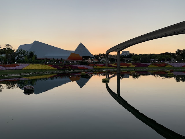 epcot water picture