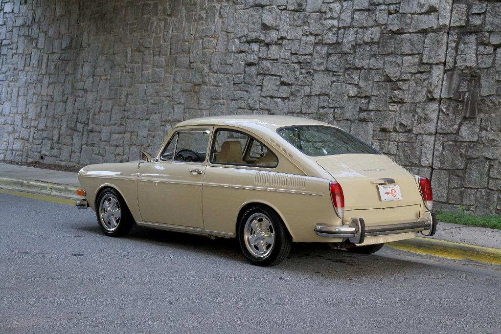 1971 volkswagen type 3 fastback