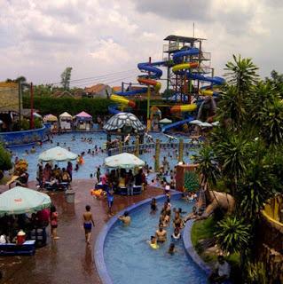 Suasana Wisata Sun City WaterPark