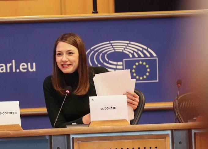 Donáth: A Fidesz nyíltan arra készül, hogy kiléptesse az országot az EU-ból