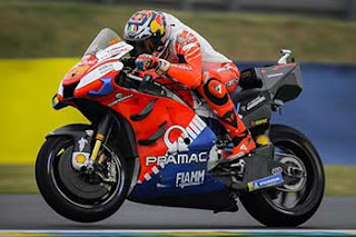 https://1.bp.blogspot.com/-pTJpsoy1RI8/XRXSSSd0fZI/AAAAAAAADT4/CnhLpqtbqsMDdqxG-hXPnuHTQLd_k9p5ACLcBGAs/s320/Pic_MotoGP-_0149.jpg