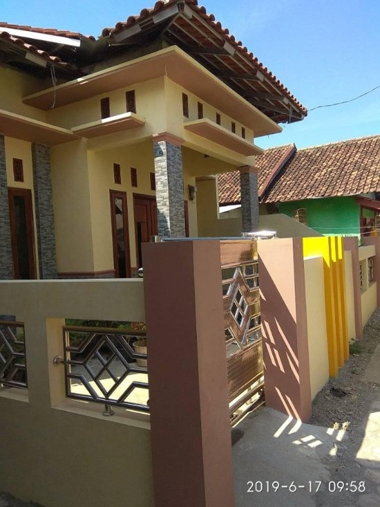 rumah minimalis dengan kombinasi warna coklat