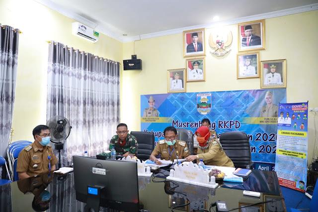 Bupati Pesisir Barat Hadiri Kegiatan Musrembang RKPD Tahun 2021 via Video Converence