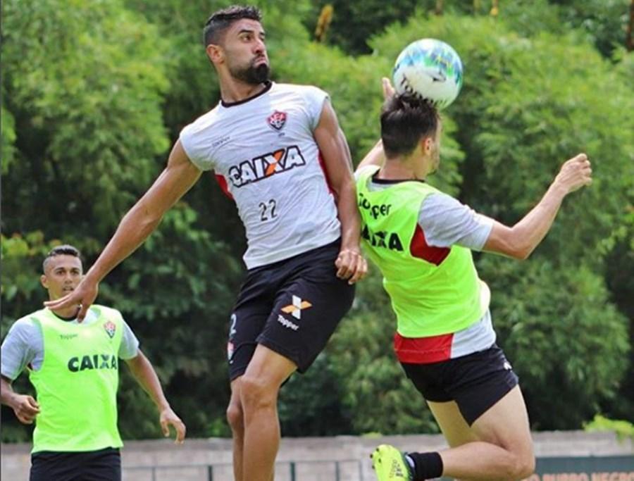 São Paulo chega perto, mas parcelamento do valor emperra acerto por Tréllez 1