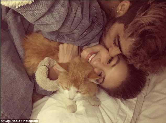 Zayn Malik & Gigi Hadid Break Up!