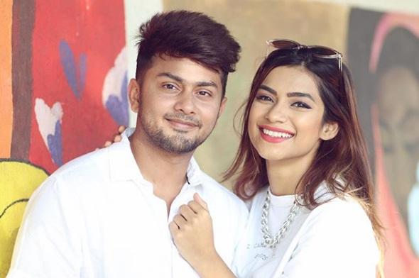Awez Darbar Tik Tok star age, family, girlfriend, biography and more
