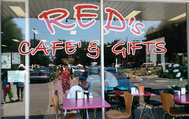 Reds Cafe, Wallan