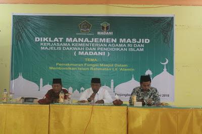 100 Pengurus Ikuti Diklat Manajemen Masjid