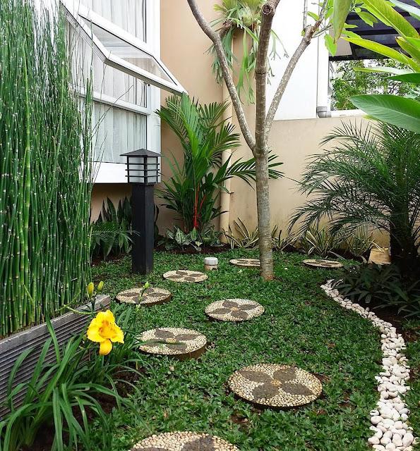 Front yard decorating use stones; backyard design idea, backyard stone landscaping idea