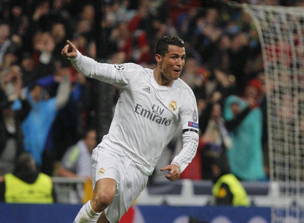 b70e022f37da5 Super-Ronaldo coloca o Real nas meias-finais  Português consumou a ...