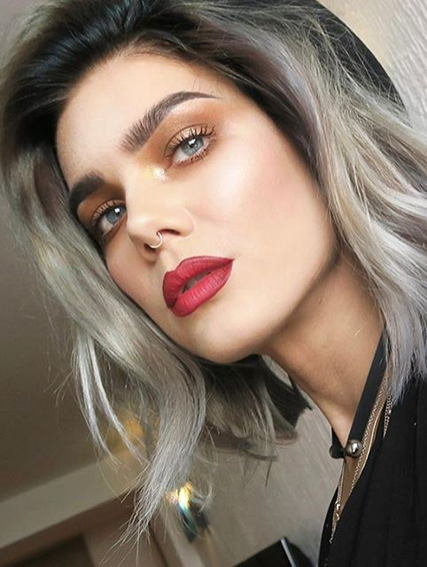 beauty makeup idea with red lips