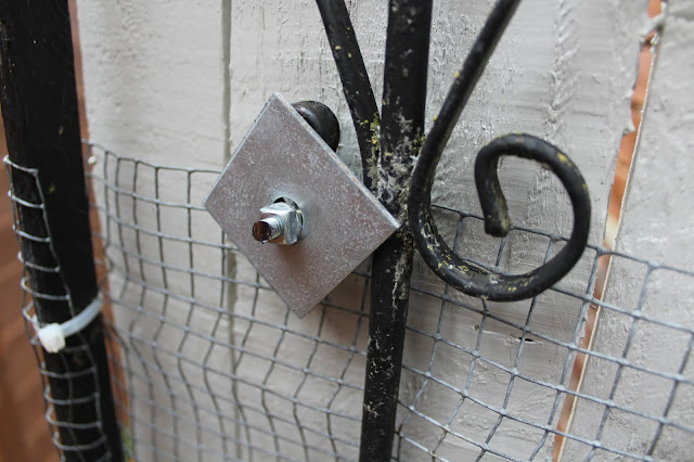 DIY Hack for replacing a metal gate