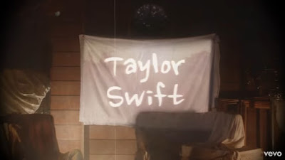 arti lagu lover taylor swift