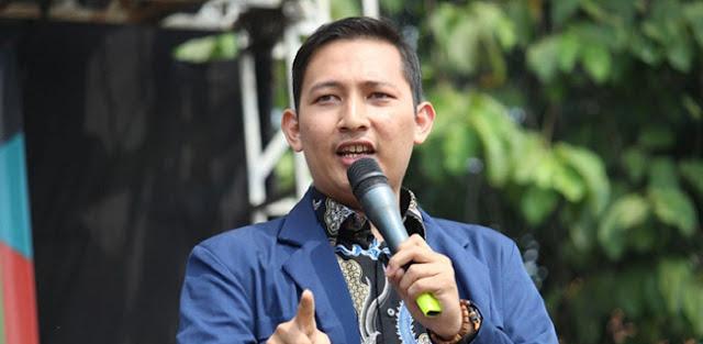 Tolak Diundang ke Istana, Ketua Dema UIN Jakarta Tantang Presiden Jokowi ke Parlemen Jalanan