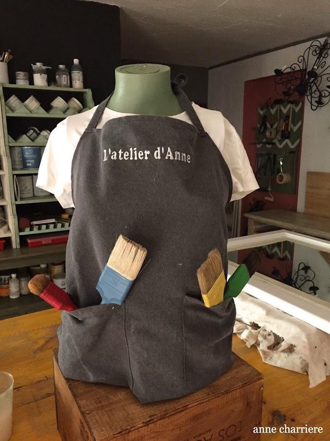 www.annecharriere.com, taller pintura, benahavis, latelier danne, pintura tiza, pintura de leche, ceras,