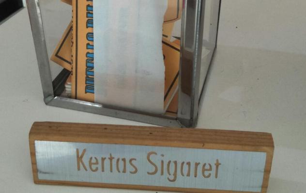 Mengenal Kertas Sigaret Kretek