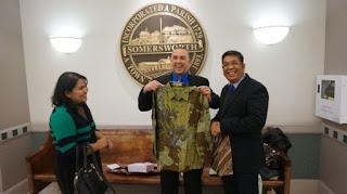 Bahasa Indonesia Pernah Digunakan Untuk Sumpah Jabatan Wali Kota Somersworth, New Hampshire, Amerika Serikat
