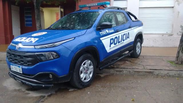 Gran acto en la entrega de camioneta Toro a policía de Laborde