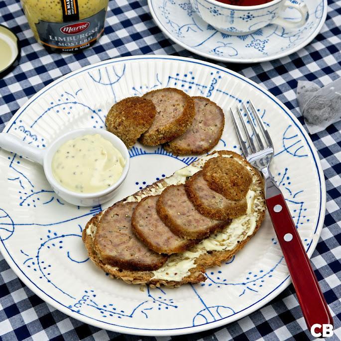 Limburgse boterhammen met gehaktbal en honing-mosterdmayonaise