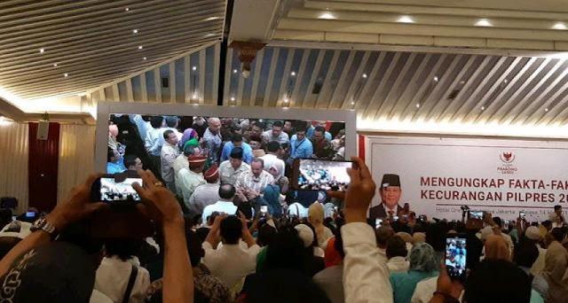 Di Simposium Kecurangan, Sandi: Tsunami Politik Uang Tersebar di Jawa Tengah dan Jawa Timur