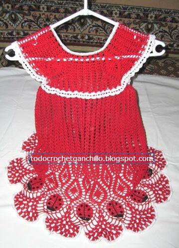 vestido de niña tejido al crochet con borde de mariquitas