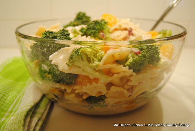Mandarin-Broccoli Bow Tie Salad at Miz Helen's Country Cottage