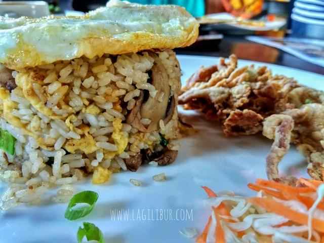 Nasi Goreng Jamur La Taverna Solo