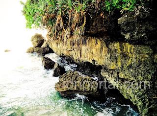 pengalaman berlibur ke pantai balekambang malangv