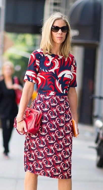 Mixing print fashion trend