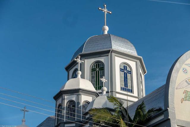 Igreja da Paróquia Nossa Senhora Auxiliadora, da Igreja Greco-Católica Ucraniana localizada na Rua Marim Afonso, em Curitiba. Detalhe da torre.