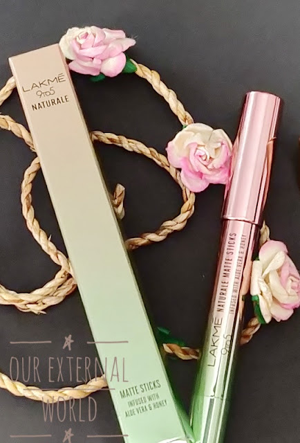 Lakmé 9 to 5 Naturale Matte Sticks - Blush Site Review and Swatches