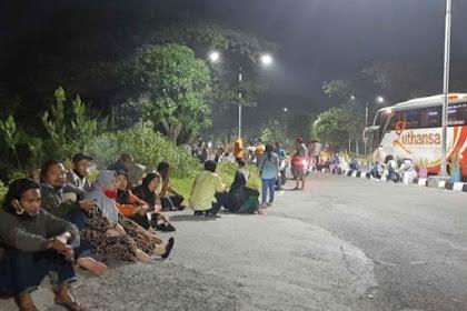 Pemudik  Dari Jakarta Gagal Masuk Ke Madura Hingga Gantung Diri