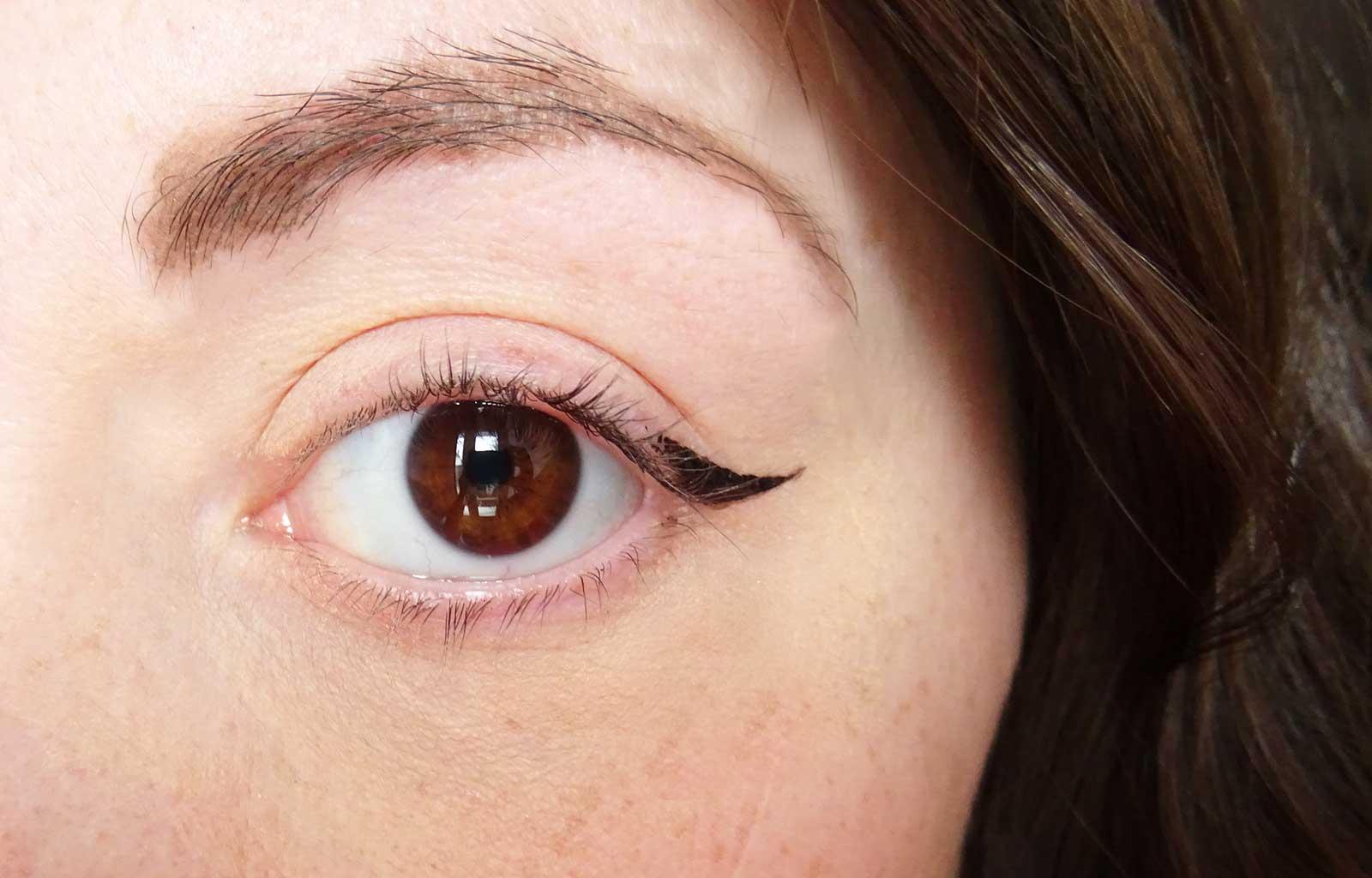 Super Liner Flash Cat Eye l'oréal
