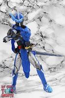 S.H. Figuarts Kamen Rider Blades Lion Senki 23