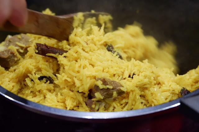 masak-nasi-kebuli-praktis-lezat-sehat