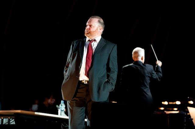 Puccini: Tosca - Roland Wood - ENO at South Facing Festival (Photo Lloyd Winters)